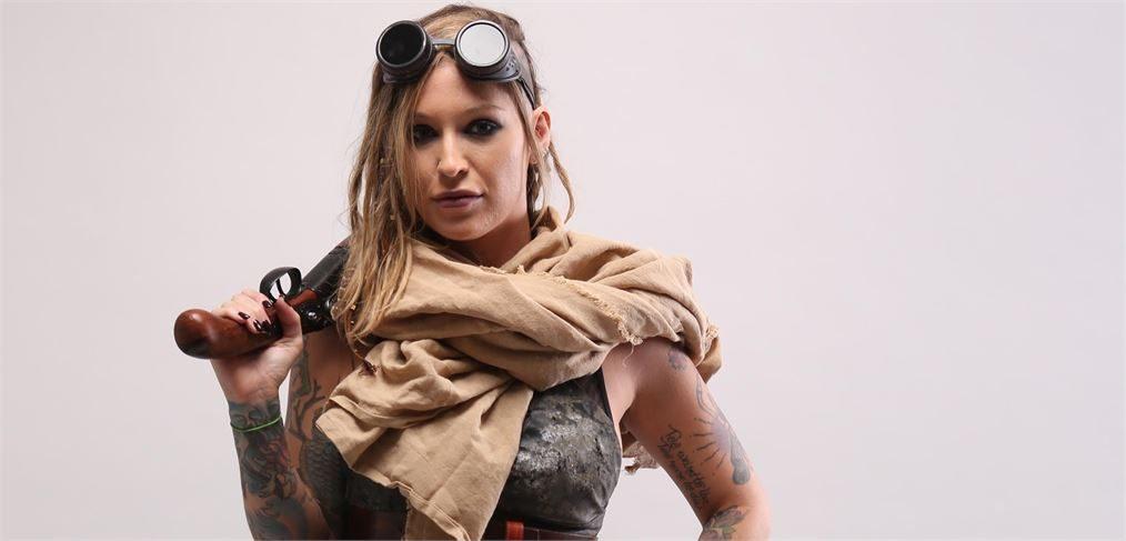 Kleio Valentien stars in Squirtwoman: Wasteland porn video.
